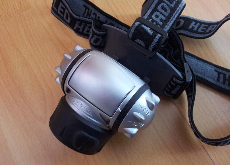 Kopf-Lampe mit LEDs von Eaxus von oben