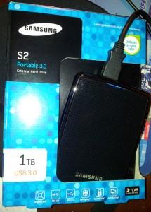 Samsung Externe Festplatte S2 Portable 1 TB und Verpackung