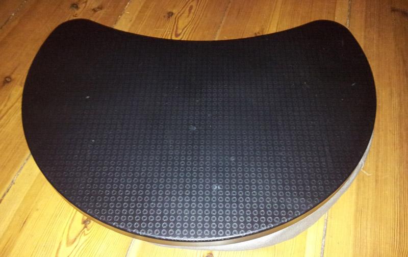 laptophalter von ikea laptop unterlage f r 39 s sofa. Black Bedroom Furniture Sets. Home Design Ideas