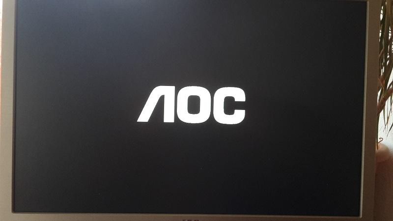 AOC LED - Monitor E960P