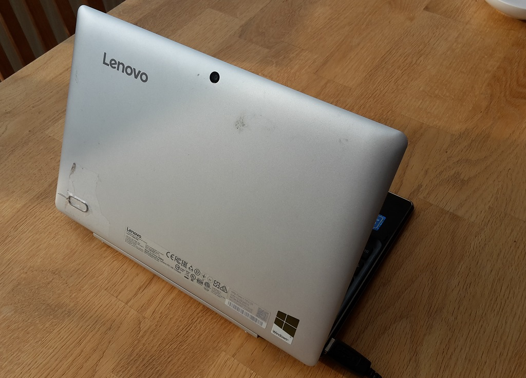 Lenovo Tablet Windows mit Tastatur